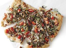 051132015-01-mushroom-pizza-recipe_xlg